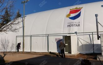 The installation of a tennis air supported structure in the Tennis Club Mostar (BiH) has been completed.