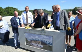 Limoges Community laid the cornerstone for the new velodrome air supported roof.
