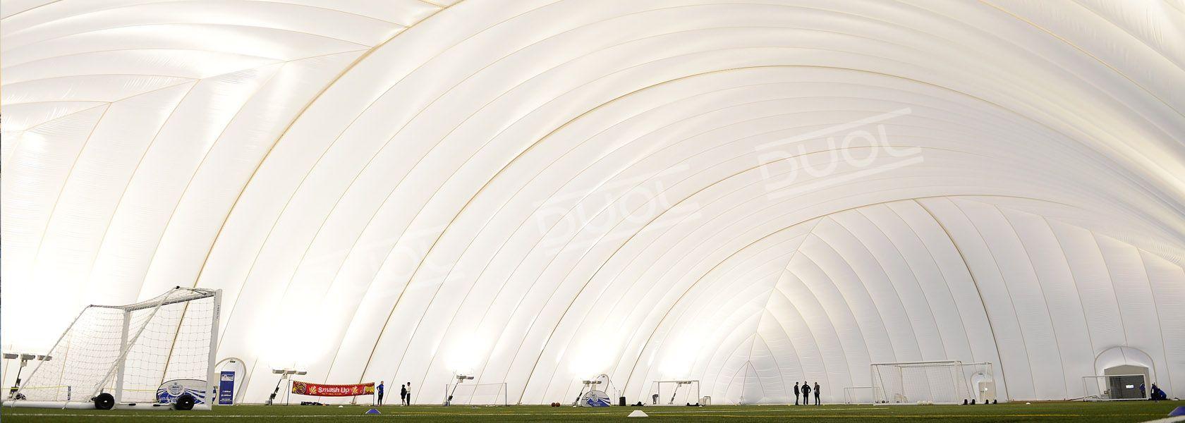 Les Structures Gonflables DUOL pour terrains de football